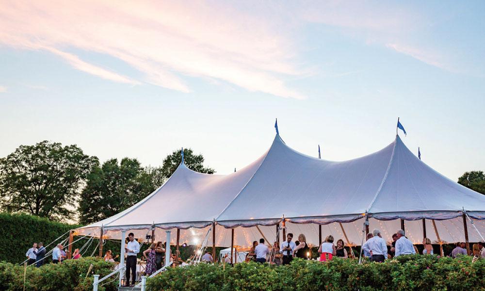 Best Types of tents for Outdoor Weddings   Joliet Tent